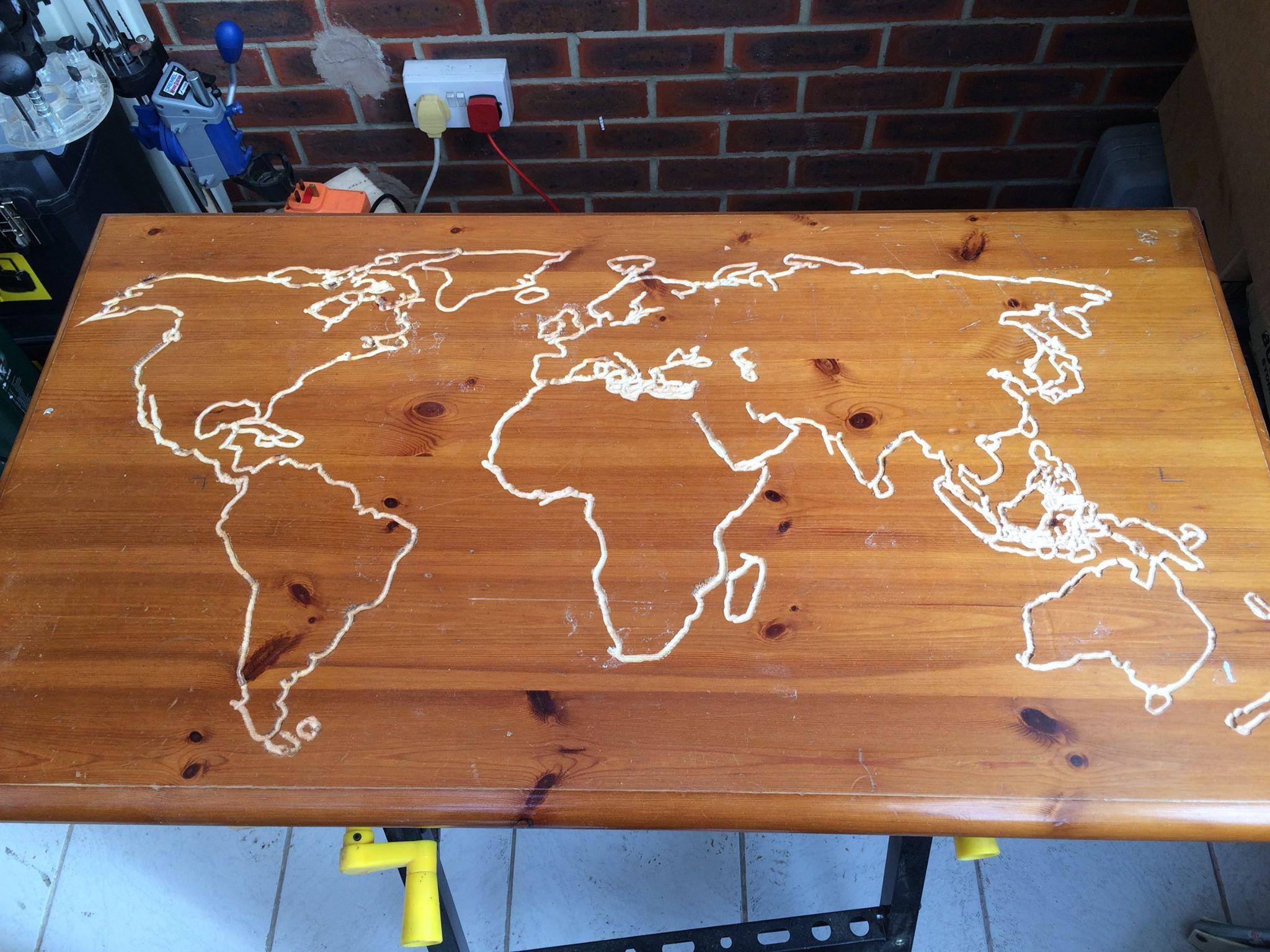 Светящийся стол из дерева своими руками фото 878